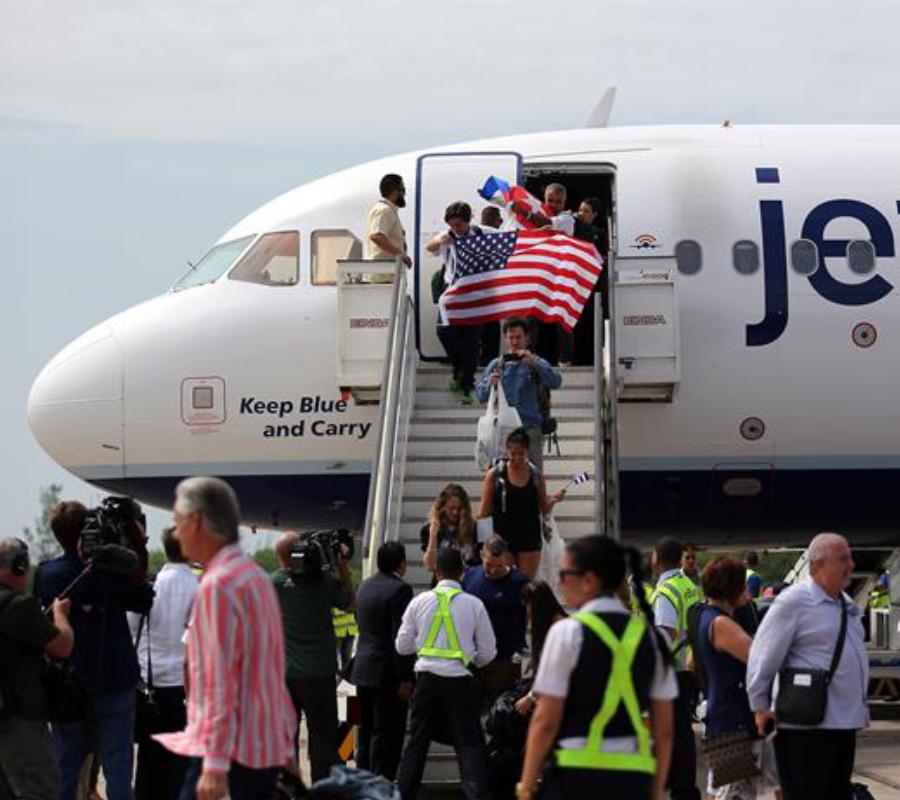 Cuba, U.S., Commercial Flight