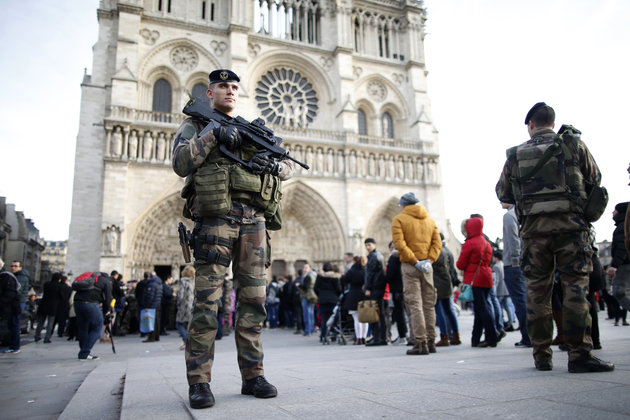 Armed French soldiers