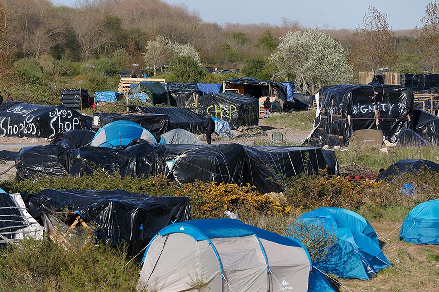 calais-migrant-camp