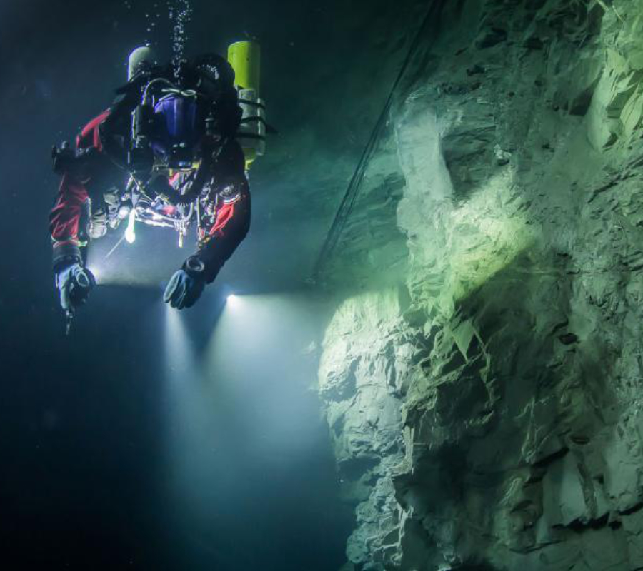 Underwater cave/Czech Republic