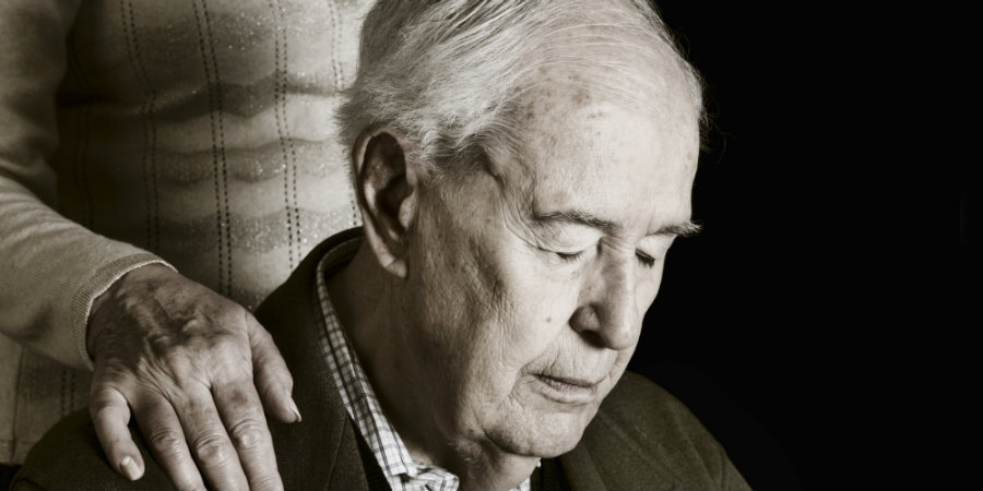 People who have reported feeling lonely can develop Alzheimer disease. Photo credit: The Huffington Post