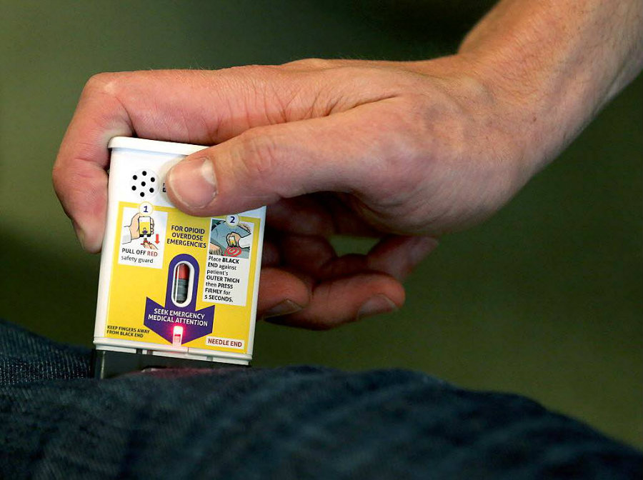 Evzio is an auto-injector that almost anyone can administer easily. Image credit: AP Photo / Richmond Times-Dispatch, Bob Brown / Alcohol and Drugs Rehab Finder