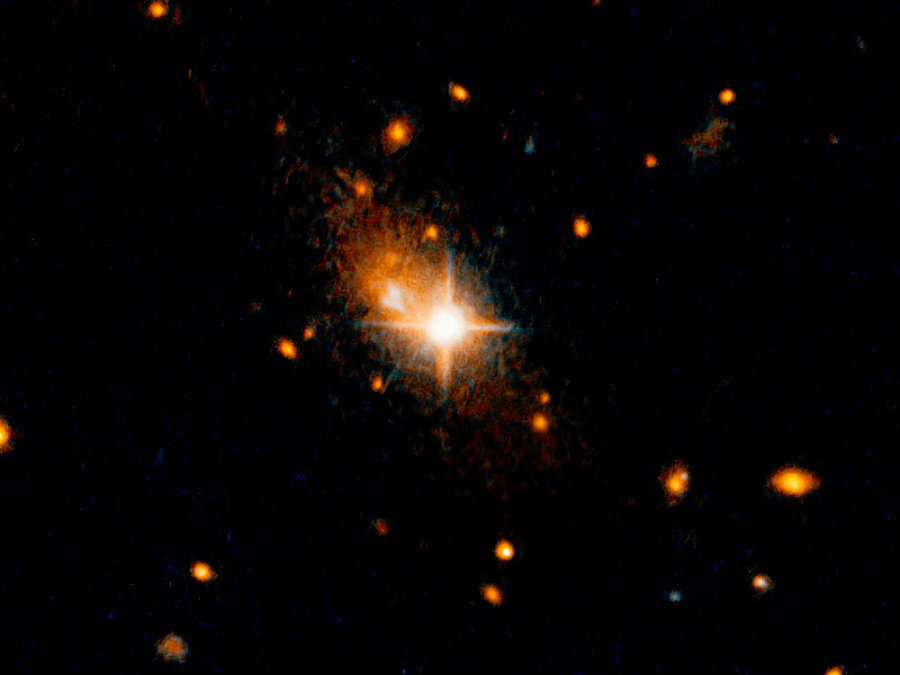 Galaxy 3C186. Image credit:  NASA, ESA, and M. Chiaberge (STScI/ESA) / Phys.org