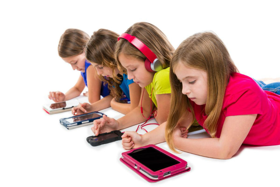 New research found prolonged exposure to handheld screens could cause speech impediments in young children. Image credit: Digital Trends