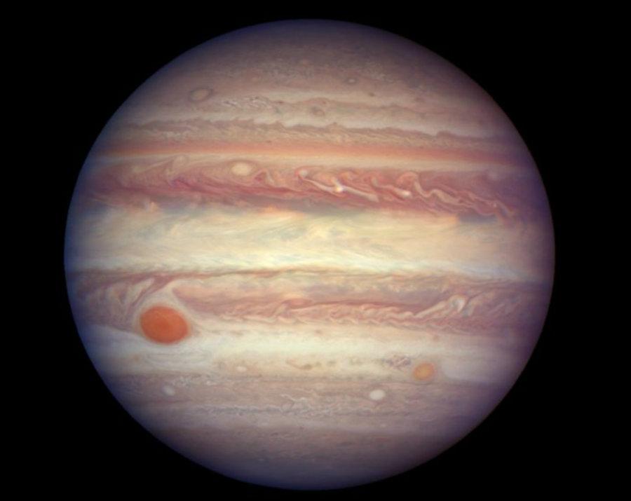 Image credit: NASA, ESA, A. Simon (GSFC) / Dennikn.sk