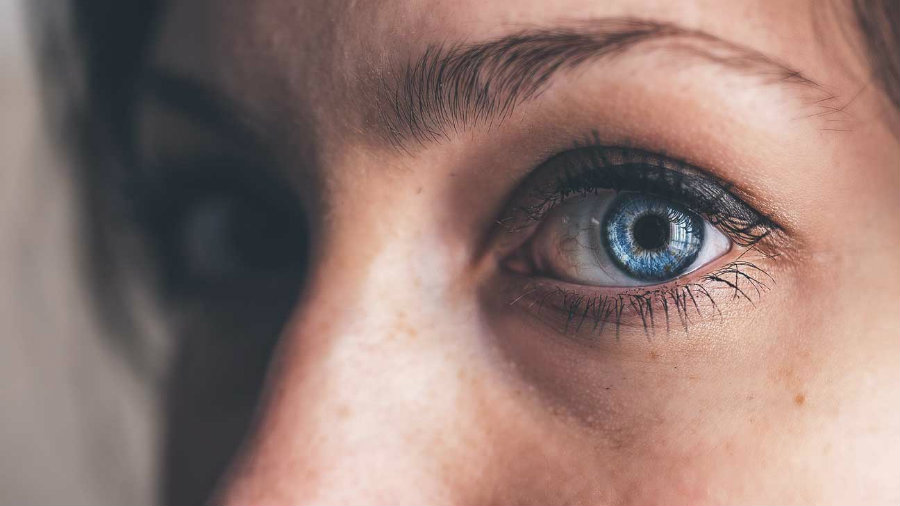 Dr. Morjaria said that to prevent similar situations, people have to take their lenses off and let the eyes breathe. Image credit: HealthLine