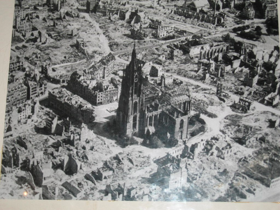 The city of Frankfurt during WWII. Image Credit: Martin Foot / Flickr