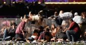 People fleeing the scene at the Route 91 Harvest Festival. Image credit: Mendoza Post