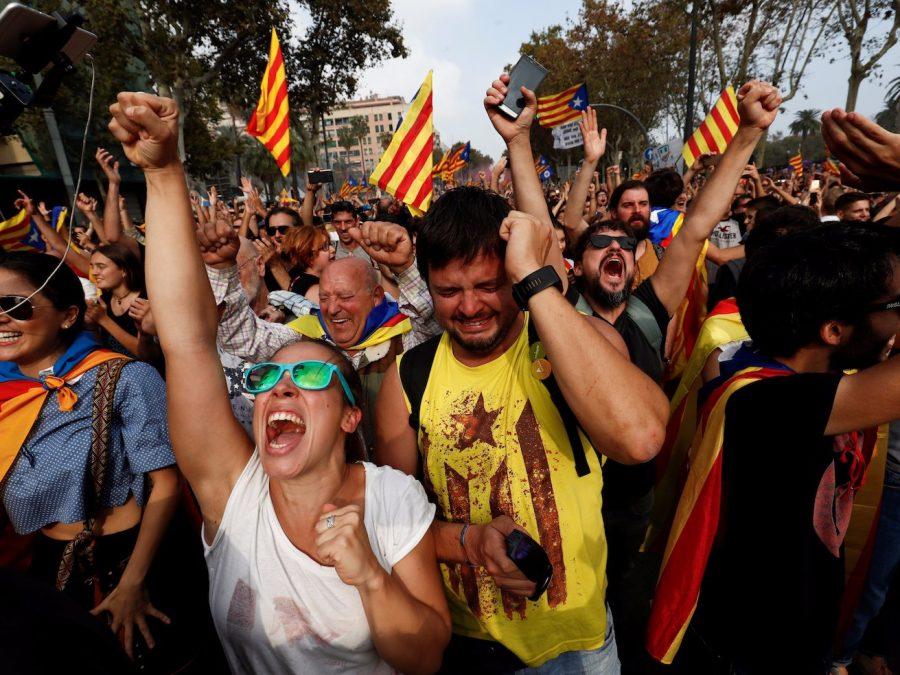 Catalonia declaration of independence, Spain dismisses Catalonia leaders