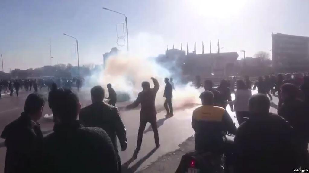 Hassan Rouhani, Donald Trump, Iran, Tehran, Protests in Iran, Protests in Tehran, Donald Trump on Iran protests