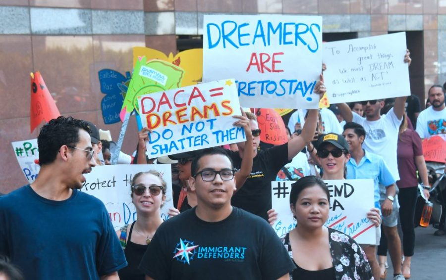 Deferred Action for Childhood Arrivals, DREAM Act, Donald Trump, Democratic Party, shithole countries, Trump closing DACA, Trump administration ending DACA