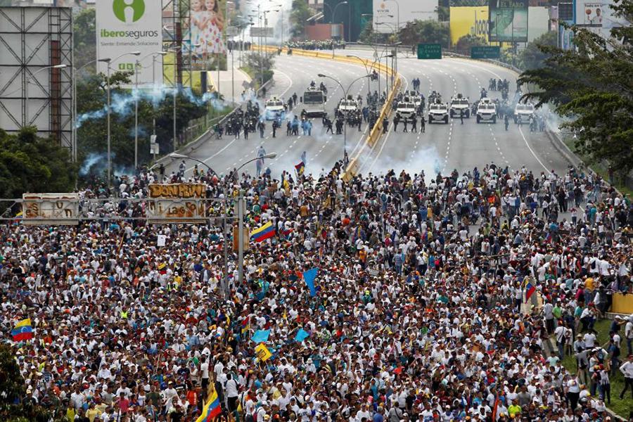 Venezuela expels Spain ambassador to Caracas, Spain expels Venezuela ambassador to Madrid, European Union