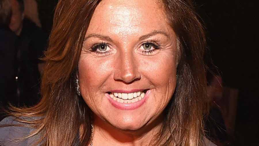 Abby Lee Miller, Dance Moms, Vertebral column, JoJo Siwa