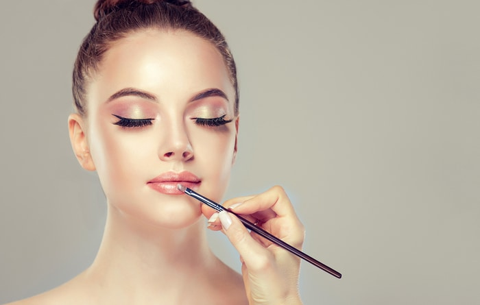 6 surefire tips for using lip gloss