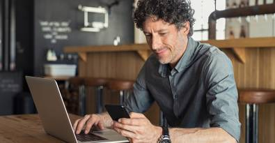 5 Uses for Text Messages in Small Business Management