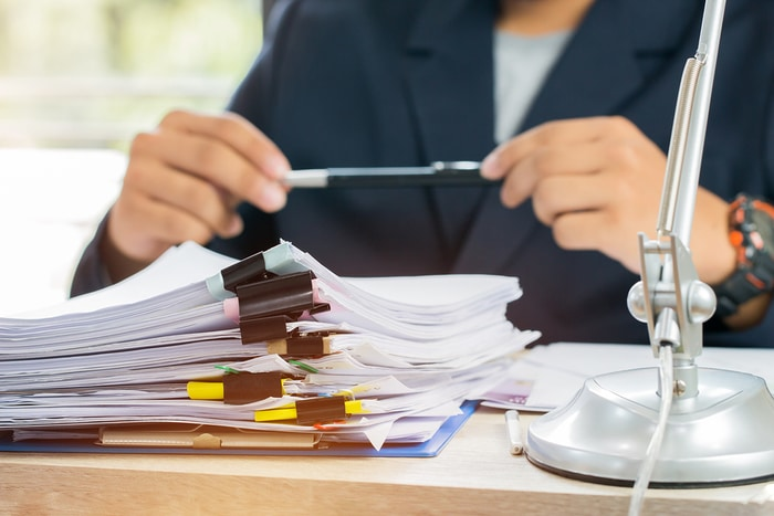How to Go Paperless at Work: The Ultimate Guide
