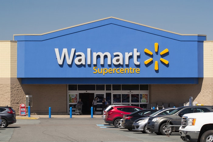 Walmart and Sam's Club Workers to Begin Wearing Mandatory Face Masks From April 20