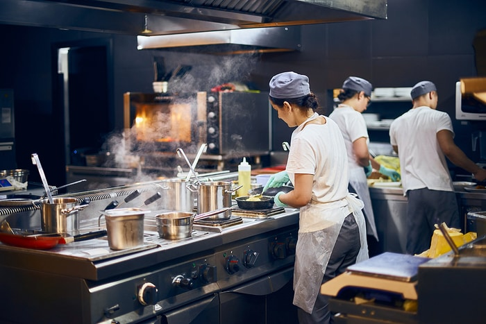 5 Signs Your Restaurant Needs Kitchen Display Screens