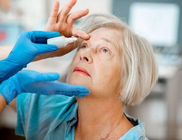 Eye Bag Removal: Benefits of Having the Eye Treatment