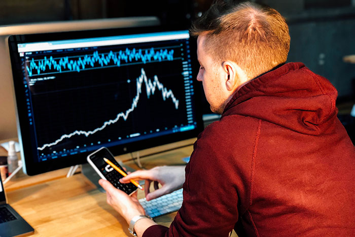 6 Outstanding Qualities of a Forex Trading Mentor