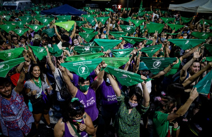 Argentina's Passes Bill to Decriminalize Abortion as Fulfillment of Campaign Promises