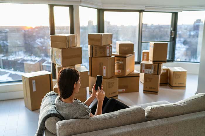 6 Things You Can't Trust A Moving Company To Do When Moving