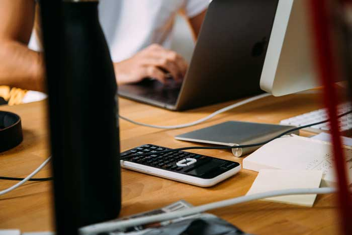10 Accounting Jobs That Pay Big Bucks