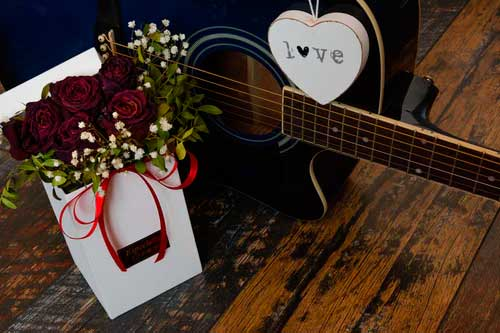 4 Romantic Gifts Your Special Someone Will Love