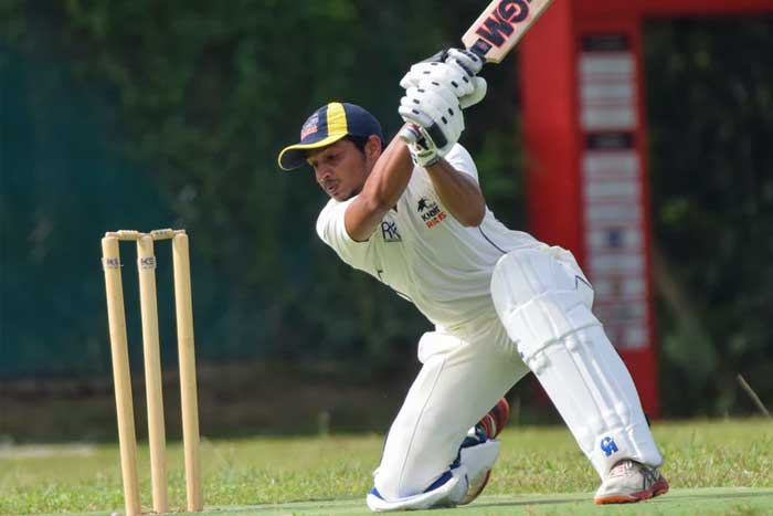 Choosing the Best Batting Gloves for the Love of Cricket