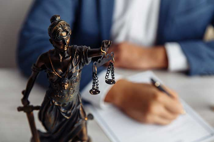How to Find the Best Criminal Defense Lawyer