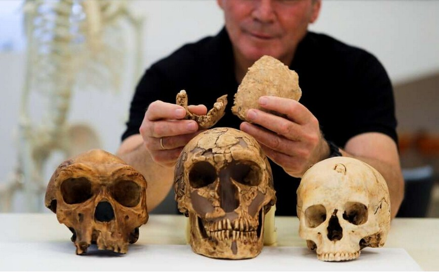 New Humans That Pre-existed Neanderthals 130,000 Years Ago Found In Israel