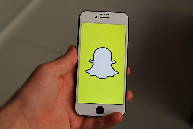 Snapchat Removes Speed Filter Linked To Reckless Driving and Car Crashes