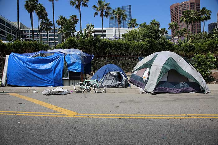 David Malcolm and Father Joe Carroll Combat Homelessness in the San Diego Community
