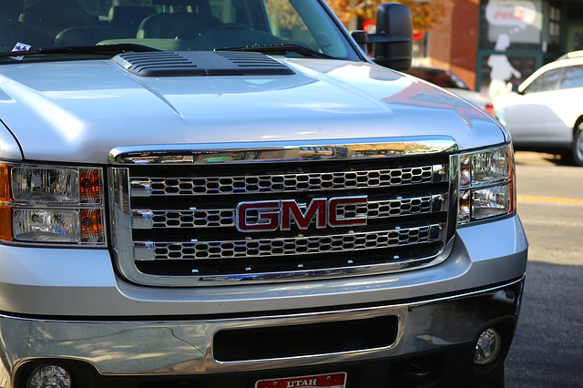 GM Files Lawsuit against Ford for Use of Its BlueCruise Tech Brand Name