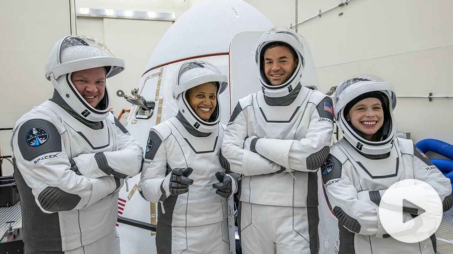 First Set of Civilians to Blast Off to Space aboard SpaceX Aircraft on September 15
